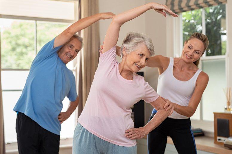 Elderly-Exercise-777x516